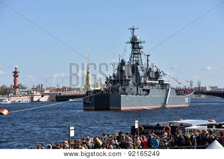 ST. PETERSBURG, RUSSIA - MAY 9, 2015: People look at the warship Korolev during the naval parade dedicated to the Victory Day. It's the first naval parade included in city's Victory Day celebrations
