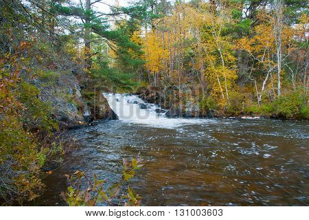 Eighteen Foot Falls are the largest of the