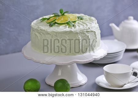 Lime cake with white tableware