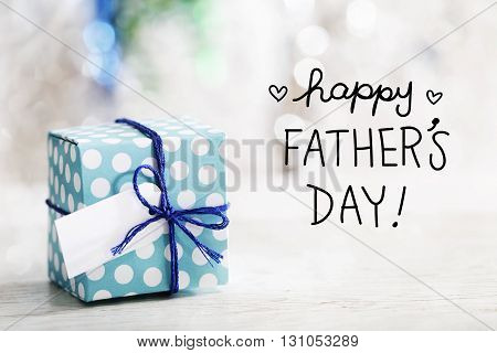 Happy Fathers Day Message With Gift Box