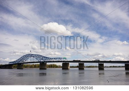 Wide angle shot of the bridge that carries Highway 395 over the Columbia River