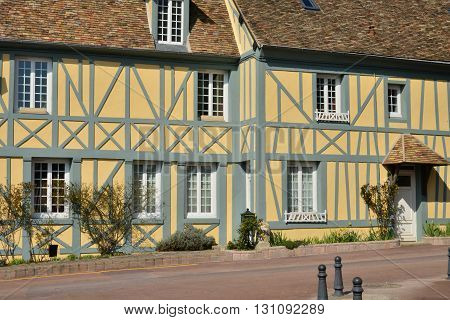 Trie Chateau France - march 14 2016 : the picturesque city in winter