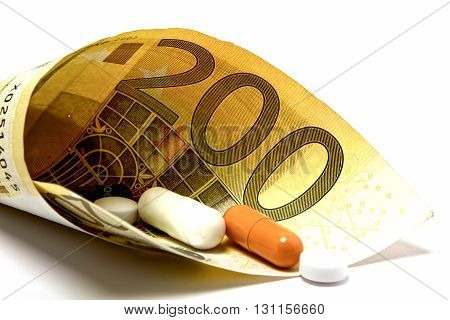 Money On Expensive Medicine Without Benefit