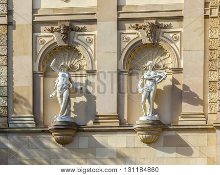 Statues At The Hessisches Staatstheater Wiesbaden