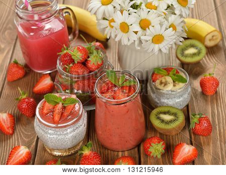 Diet desserts with chia seeds and strawberries