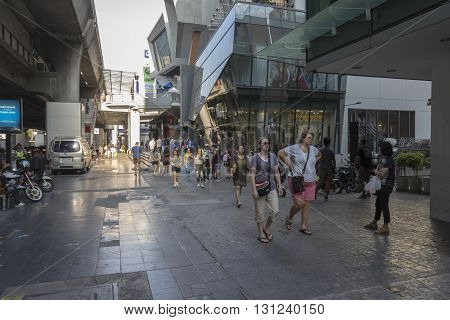 BANGKOK THAILAND - APR 24 : unidentified tourist on walking street in siam square on april 24 2016 thailand. siam square is famous shopping place of Bangkok