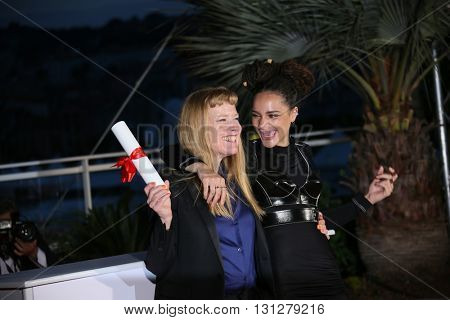 Andrea Arnold, Sasha Lane poses  the Palme D'Or Winner Photocall during the 69th annual Cannes Film Festival at the Palais des Festivals on May 22, 2016 in Cannes, France.