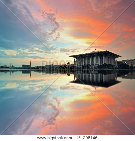 Beautiful View Of Sultan Mizan Zainal Abidin Mosque (iron Mosque) In Putrajaya, Malaysia During Sunr