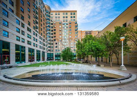Fountains And Buildings At Ryerson University, In Toronto, Ontario.