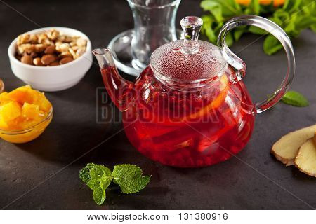 Wild Berry Tea with Fruit Slice, Mint and Honey