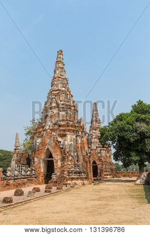 ancient temples in Thailand, in the ancient capital of Ayutthaya with the tabs on the sky