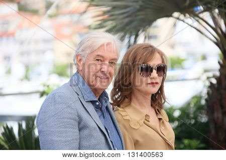 Paul Verhoeven, Isabelle Huppert  attend the 'Elle' Photocall during the 69th annual Cannes Film Festival at the Palais des Festivals on May 21, 2016 in Cannes, France.