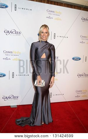 LOS ANGELES - MAY 24:  Kristine Leahy at the 41st Annual Gracie Awards Gala at Beverly Wilshire Hotel on May 24, 2016 in Beverly Hills, CA