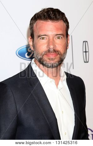 LOS ANGELES - MAY 24:  Scott Foley at the 41st Annual Gracie Awards Gala at Beverly Wilshire Hotel on May 24, 2016 in Beverly Hills, CA