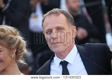 CANNES, FRANCE - MAY 21:  Charles Berling attends the 'Elle' Premiere during the 69th annual Cannes Film Festival at the Palais des Festivals on May 21, 2016 in Cannes, France.