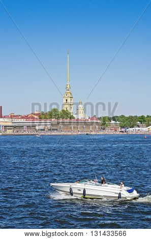 ST. PETERSBURG RUSSIA - AUG 25 2015: Touristic boat near Peter and Paul Fortress in St. Petersburg Russia