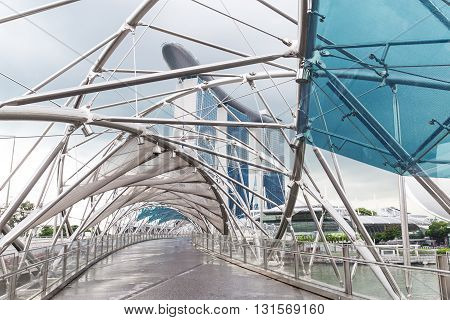 Singapore, 2016 January 14: Landscape Of The Marina Bay Sands Hotel, Bridge, Museum And Financial Di