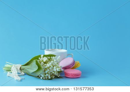 Seasonal Breakfast With Macaroons