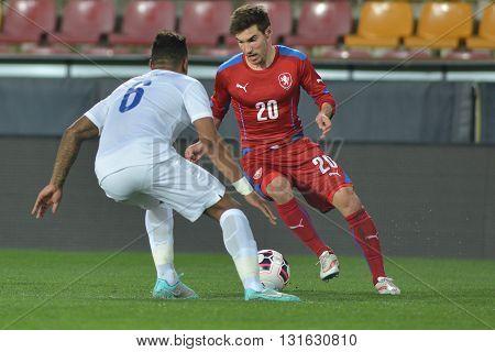 PRAGUE 27/03/2015 _ Michal Travnik and Liam Moore. Friendly match Czech Republic U21 - England U21.