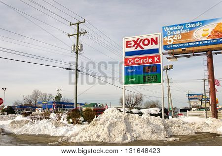 Rock Hill, SC - 01-25-2016: Fuel station with extremely low prices for gas in a winter