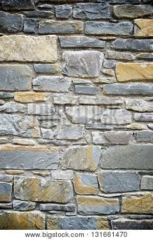 Stone wall background at high resolution