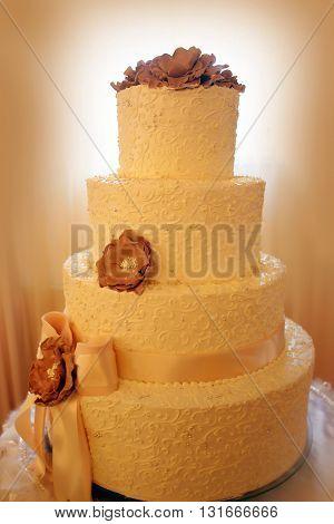 Delicious Wedding Beautiful Cake