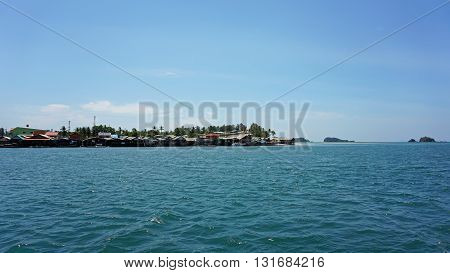 amazing green coast of ko lanta in thailand
