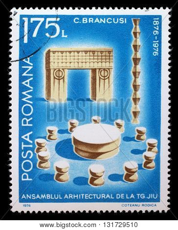 ZAGREB, CROATIA - JULY 19: a stamp printed in Romania shows Architectural Assembly by Constantin Brancusi, circa 1976, on July 19, 2012, Zagreb, Croatia