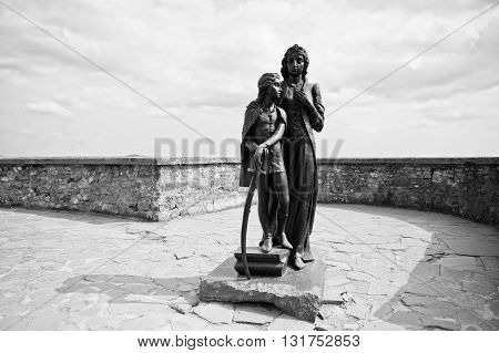 Mukachevo,ukraine - April 11,2016: Monument Of Ilona Zrinyi And Francis Ii Rakoczi In Palanok Castle