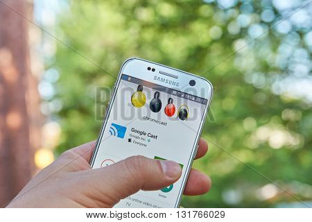 MONTREAL CANADA - MAY 23 2016 : Google Cast application on Samsung S7 screen. Google Cast devices allow users to cast their favorite entertainment from phone tablet or laptop to TV or speakers