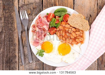 breakfast with egg,bean and bacon