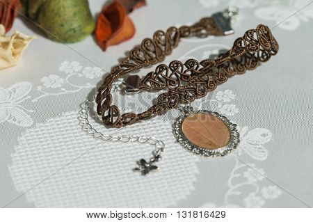 Сhoker Necklace From Lace And Pendant With Natural Leaf
