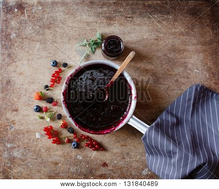 berries jam on the wood table