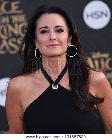 LOS ANGELES - MAY 23:  Kyle Richards arrives to the