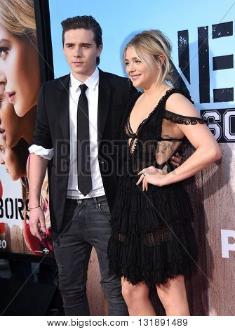 LOS ANGELES - MAY 16:  Brooklyn Beckham & Chloe Grace Moretz arrives to the