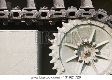 The close up steel chain of the tank wheel