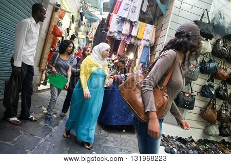 People Shopping In Tunis