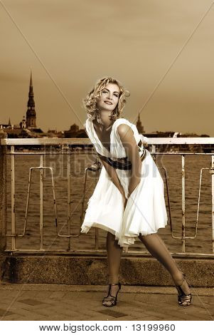 Beautiful retro stylized photo of a pretty woman that looks like Monroe
