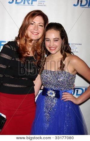 LOS ANGELES - MAY 19:  Dana Delany, Mary Mouser arrives at the JDRF's 9th Annual Gala at Century Plaza Hotel on May 19, 2012 in Century City, CA
