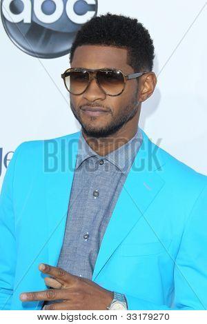 LAS VEGAS - 20 de maio: Usher chega em 2012 Billboard Awards no MGM Garden Arena, em 20 de maio de 2012