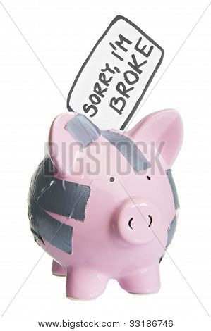 broken piggy bank with sorry i'm broke label isolated on white 2