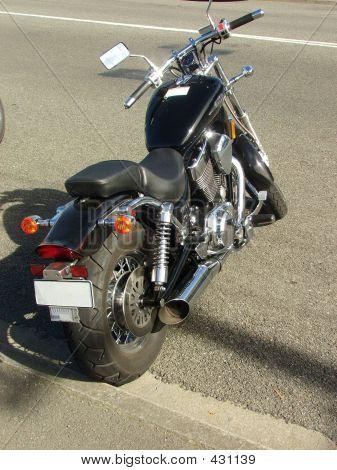 Moto negro