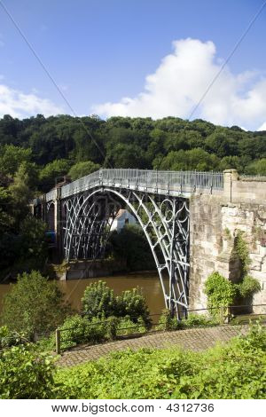 Ironbridge - World's First Metal Bridge