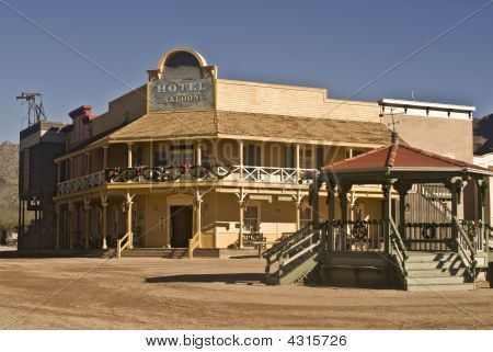 Old West Hotel And Saloon