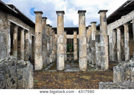 Ancient Roman Columns