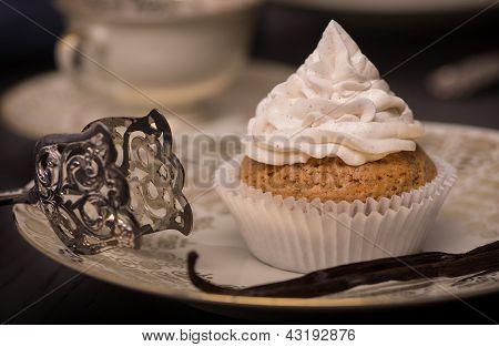Vegan Vanilla Cupcake With Cocos Vanilla Topping.