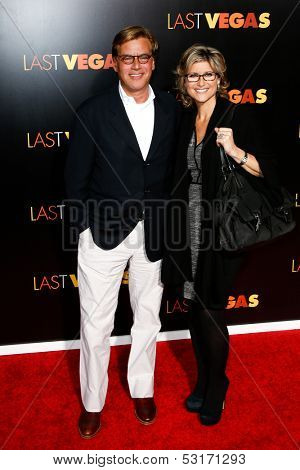 NEW YORK- OCT 29: Screenwriter Aaron Sorkin and Ashleigh Banfield attend the premiere of