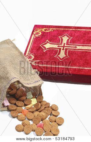 Traditional Sinterklaas Items