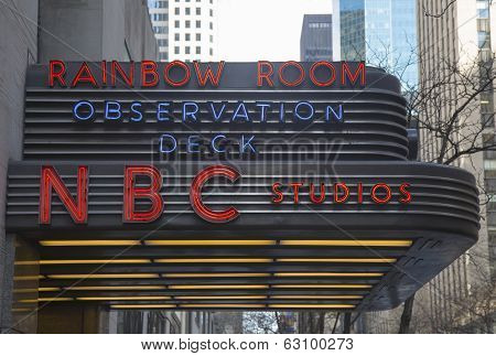 The famous Rockefeller Center is home to NBC studios, an observation deck, and the upscale nightclub