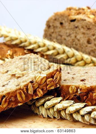 Brown bread and wheat